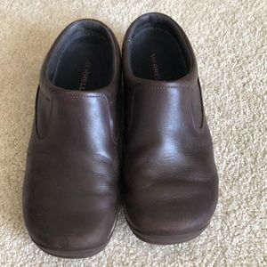 Gently used Merrill comfy slides- priced to sell